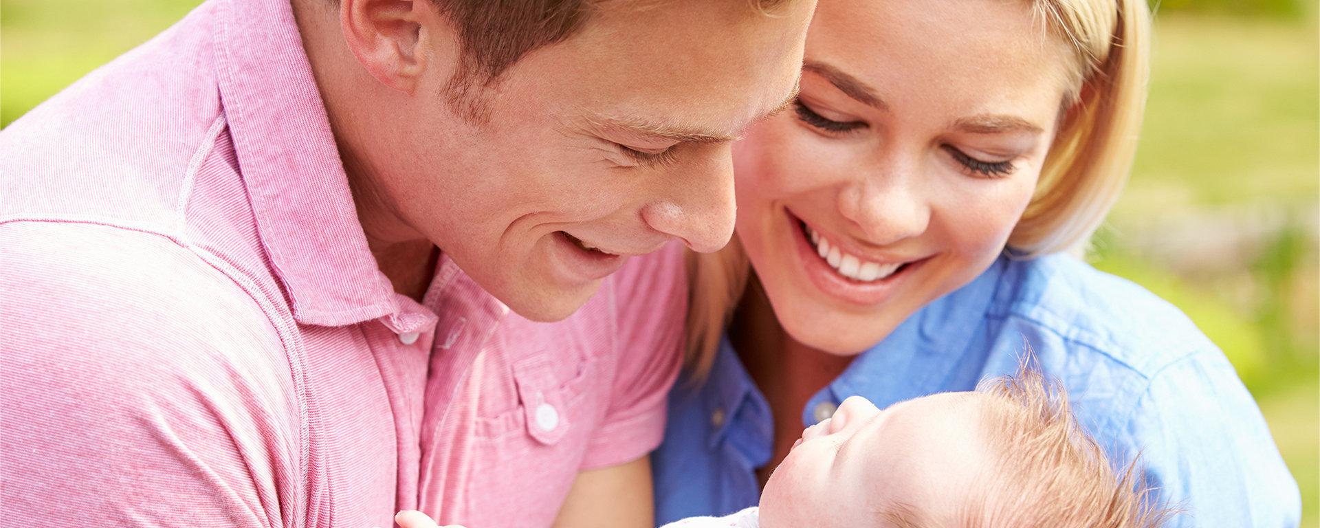 Family-and-baby-FILEminimizer